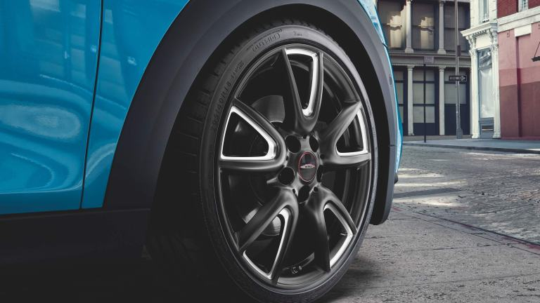 "18"" JCW light alloy wheels – double-spoke 534"