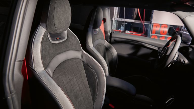 MINI John Cooper Works GP – seats – headrest